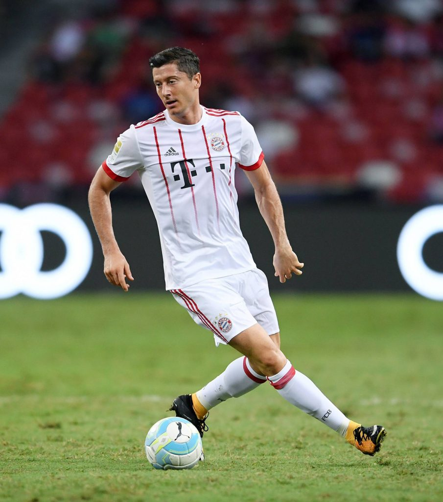 Lewandowski Bayern Ball am Fuß