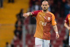 Galatasaray Istanbul kann sich den teuren Star nicht mehr leisten und so wurde der Vertrag von Wesley Sneijder mit dessen Zustimmung vorzeitig aufgelöst. Wahrscheinlich ist jetzt ein Wechsel zu Sampdoria Genua.